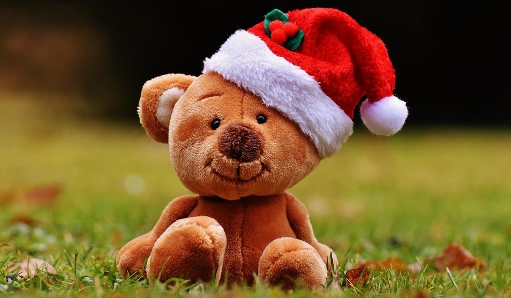 Décoration du sapin de Noël : les peluches à l'honneur